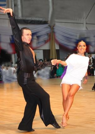 Swing Dance Classes for Adults at star Dance School Studio in Boston MA